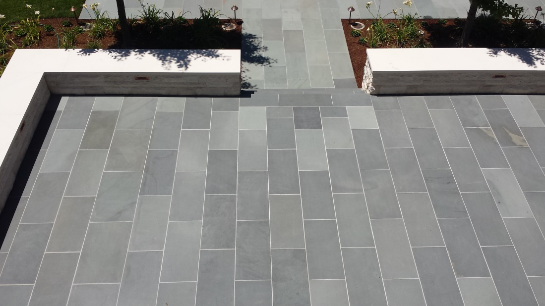 Select Blue Thermal Finish Bluestone Paving